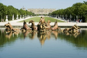 Royal Garden and Fountain inside Palace de Versailles, France-1600