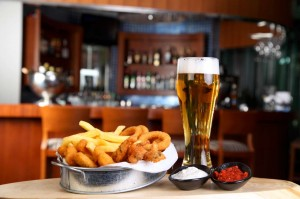 Fried calamari with a glass of beer in pub-1400